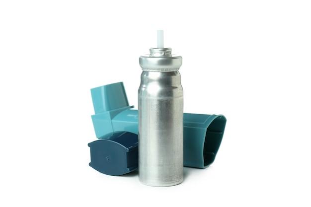 Синий ингалятор астмы, изолированные на белом фоне