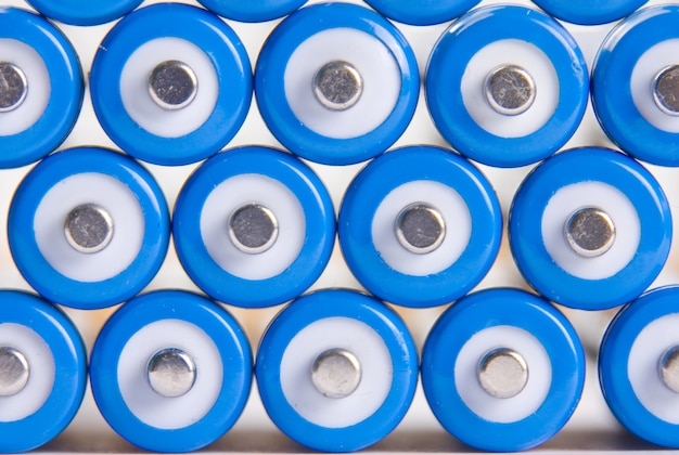 青い電池の背景