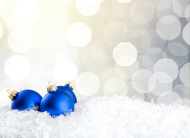 Синие новогодние шары