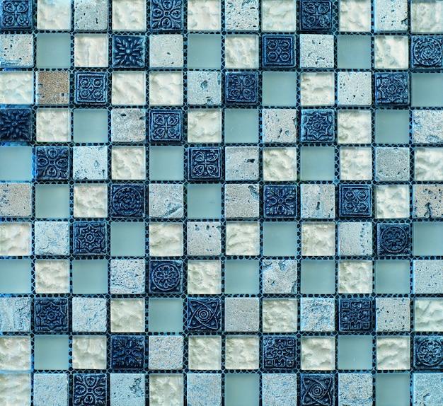 キッチンの青い幾何学的抽象モザイクパターンタイル