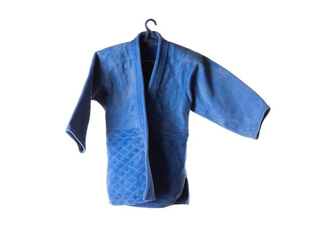 흰색 배경에 고립 된 파란색 유도 기모노