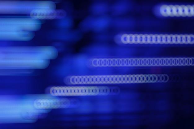 La luce blu con effetto bokeh