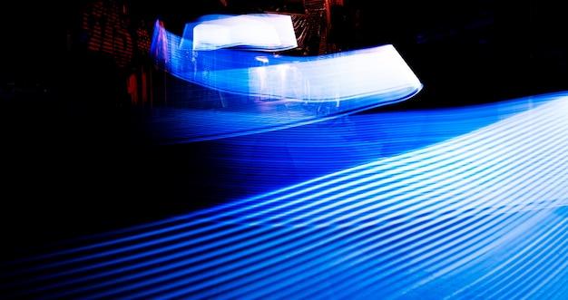 Tecnica a lunga esposizione con luci blu