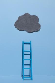 Lunedì blu con nuvola e scaletta