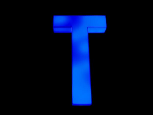 Синяя неоновая буква t