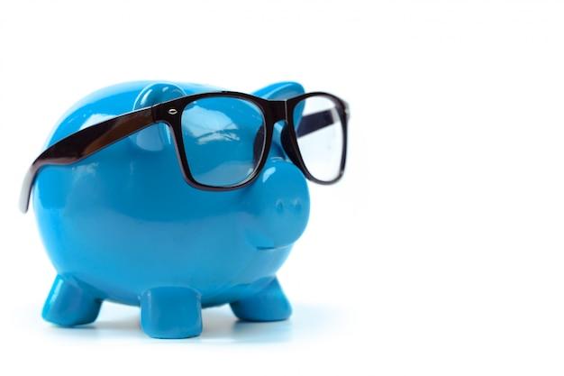 青い貯金箱または貯金箱