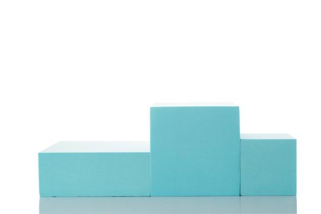 제품 발표를위한 파란 연단