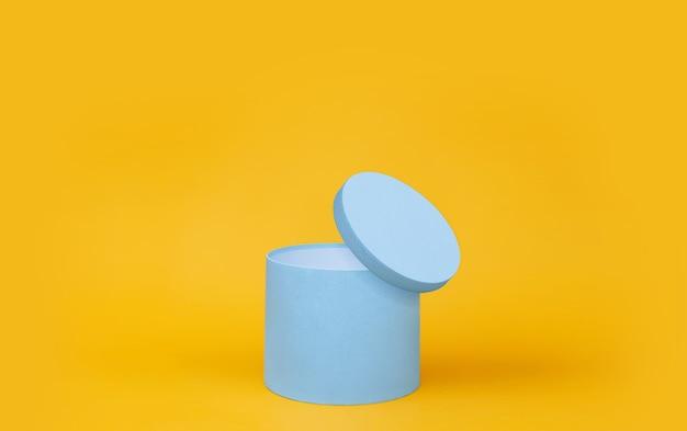 Синяя круглая подарочная коробка