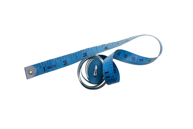 흰색 배경에 고립 된 파란색 나선형 측정 테이프