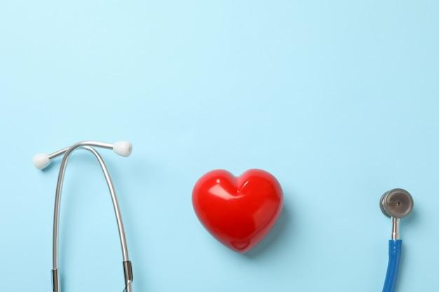 블루 청진 기 및 파랑에 심장