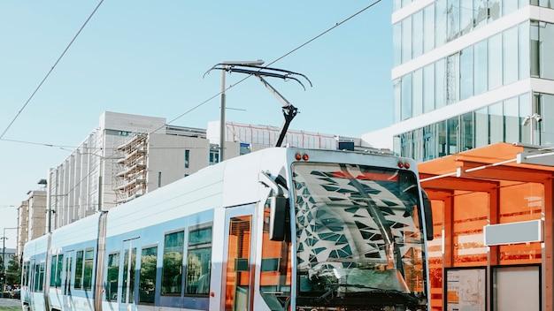 노르웨이 오슬로의 파란색 트램