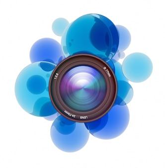 카메라 렌즈를 둘러싼 파란색 투명 원