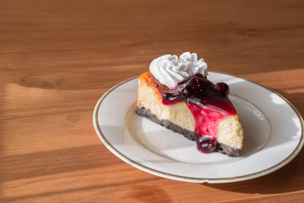 Blueberry cheesecake pie.