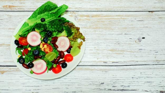 ブルーベリーグレープ、小豆、トマト、カレー、ピーナッツ、豆、ストーブ、ディナー、減量、ヘルスケアプレート、木製卓上プレート