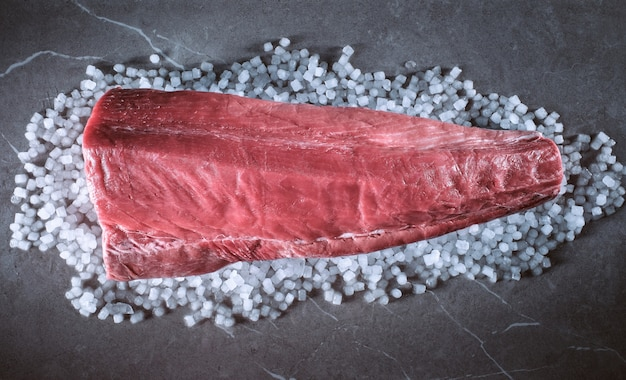 Филе голубого тунца на цементно-крупно-солевой основе