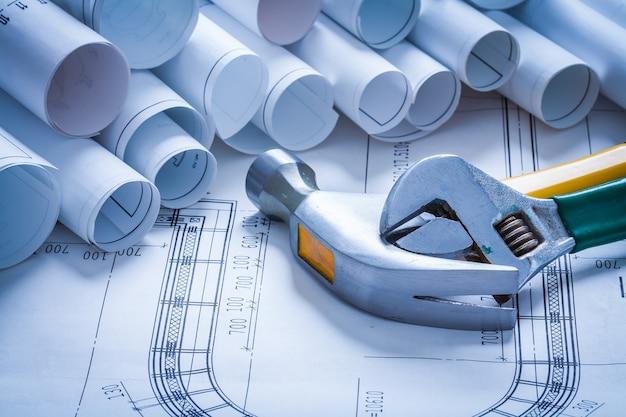設計図と構築ツール