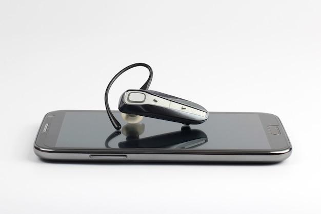 Bluetooth крупным планом с мобильным телефоном