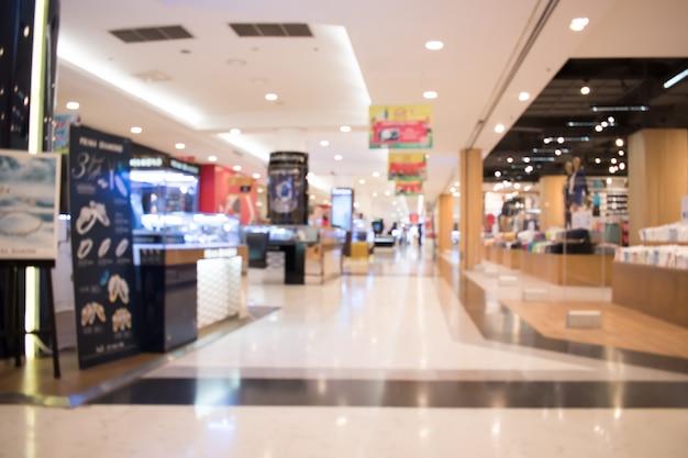 ショッピングモールでぼやけた画像。タイ、アジア