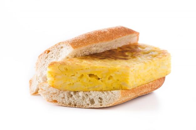 Bocadillo de tortilla española. spanish potato omelette sandwich isolated on white