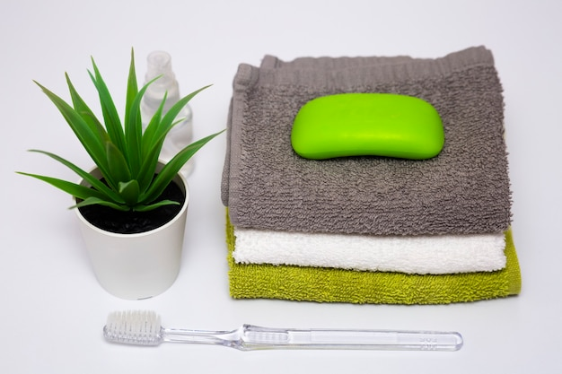 Body cleaning kit toothbrush towels soap and combs bathroom accessories