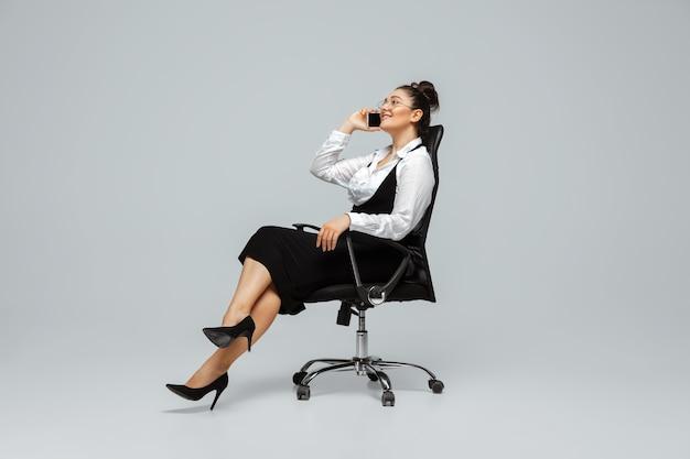 Bodypositive 여성 캐릭터, 플러스 사이즈 사업가