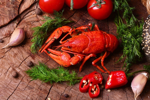 Boiled crayfish and beer