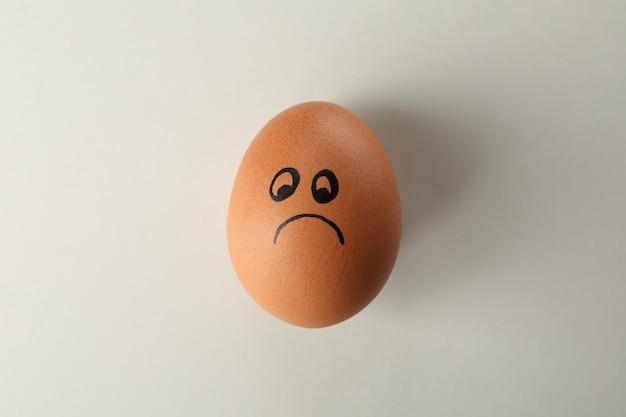 悲しそうな顔のゆで卵