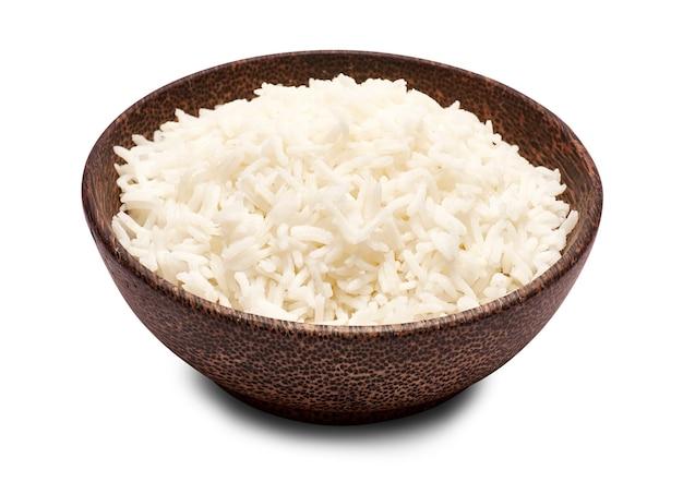 고립 된 나무 그릇에 삶은 쌀
