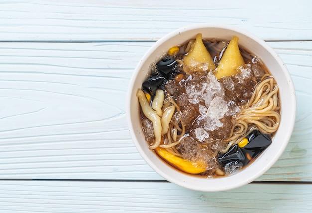 Китайская десертная чаша (bok kia) - китайский десерт хайнань