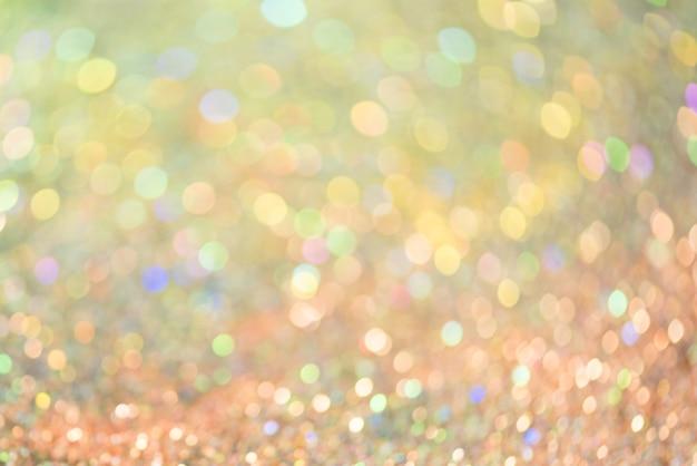 ボケ効果は、誕生日、記念日、結婚式、大晦日、またはクリスマスのカラフルなぼやけた抽象的な背景をキラキラと輝かせます。