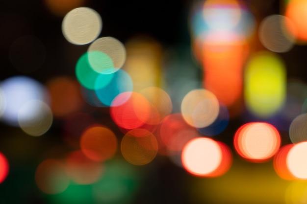 Размытый bokeh светофор фон абстрактный