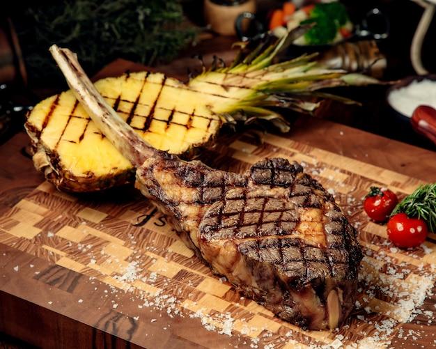Boneless fried meat on a wooden board