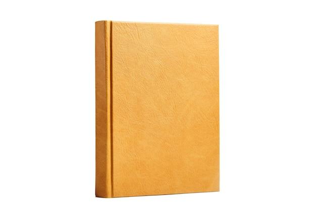 Книга или дневник в ярко-коричневой жесткой кожаной обложке