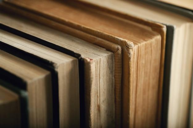 Libri in biblioteca