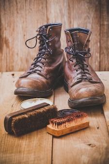 Boots leather shoes maintenance set
