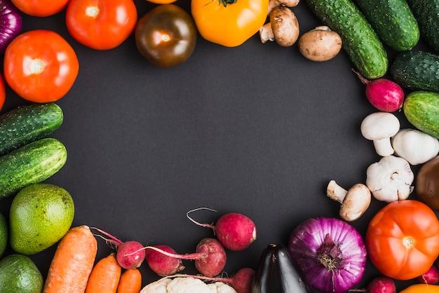 Border from vegetables
