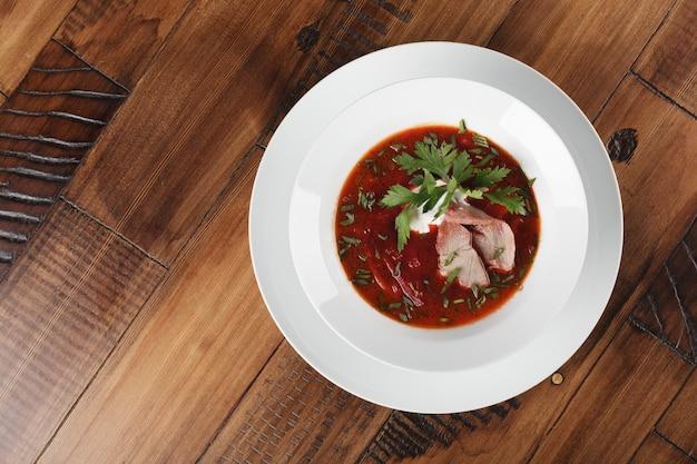 Борщ - русский и украинский традиционный суп