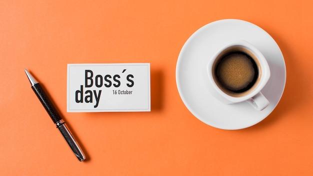 オレンジ色の背景にボスの日配置