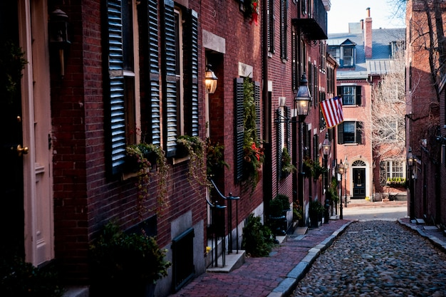 マサチューセッツ州ボストン -  2012年1月16日:冬の街の通り