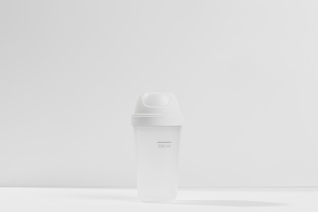 Бутылка для спортивных добавок