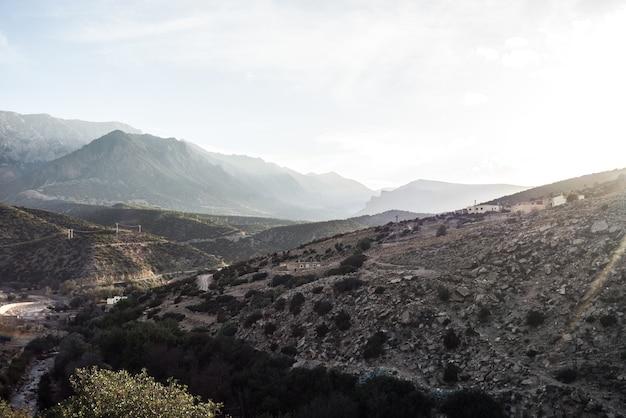 ブーレマネ、山脈
