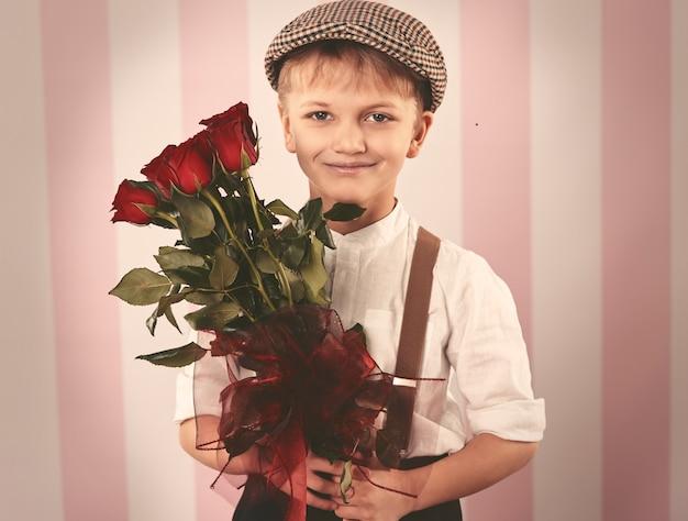 美しい赤いバラの花束