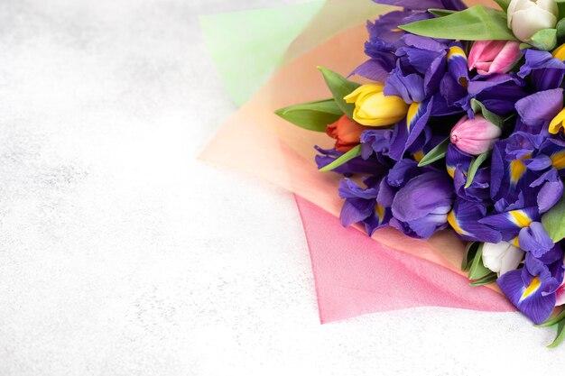 Букет цветов с боке и копией пространства