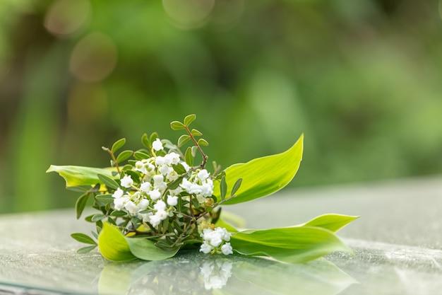 노동절을위한 은방울꽃 꽃다발