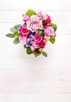 バケツのバラの花束