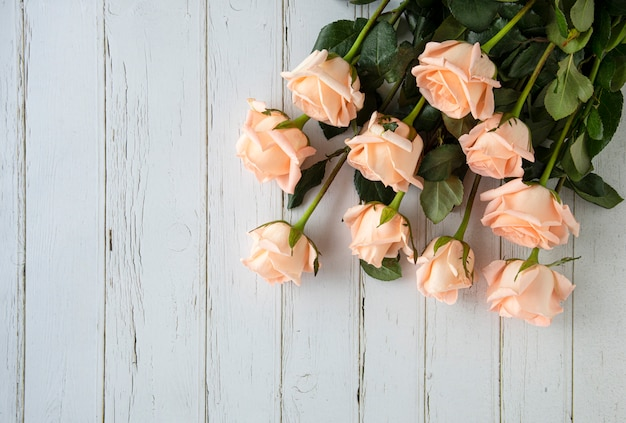 A bouquet of peach color roses