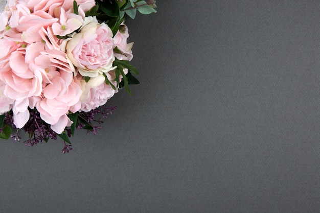 Bouquet of roses on grey background