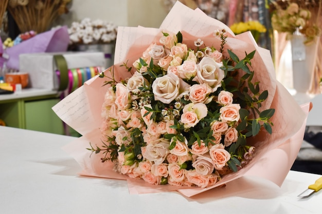 Bouquet of roses on the table