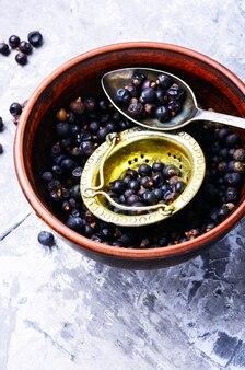 Bowl of juniper berries
