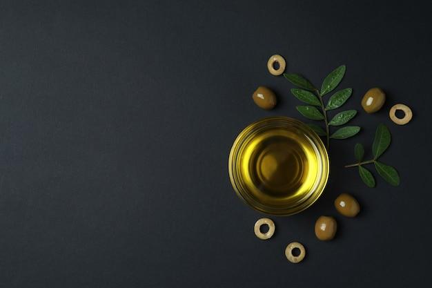 블랙에 기름, 올리브, 나뭇 가지의 그릇